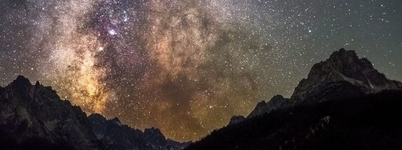 Night sky over redfish lake